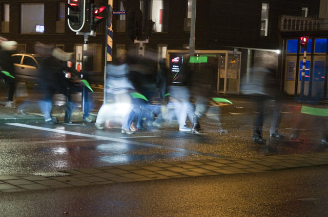 Glowers on the street